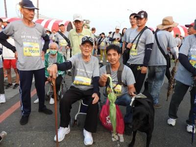 醫訊》南市醫31年院慶 99歲歐吉桑開心健走2公里