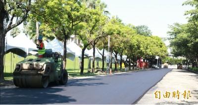 比柏油道路更堅固!南非竟用塑膠牛奶瓶鋪路