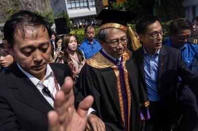 香港人反抗》中大校長脫稿 段崇智勉學生:為社群付出