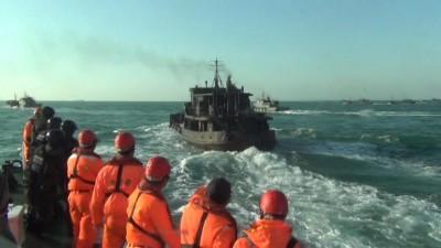 中國運補船囂張越界烏坵當後勤 海巡艦艇包抄