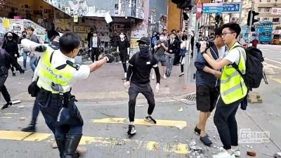 港警近距離朝民眾開槍! 陳其邁怒批:港府放任就是暴政