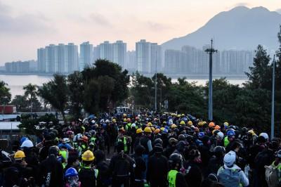 事態危急!香港中文大學擬宣布提早結束本學期