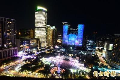 太美了!新北歡樂耶誕城點燈開城 一路嗨到2020元旦