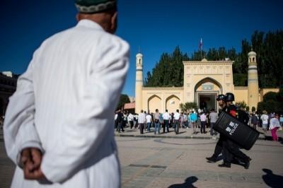 中國定義新疆人為「恐怖份子」 漢人交往密切也被捕