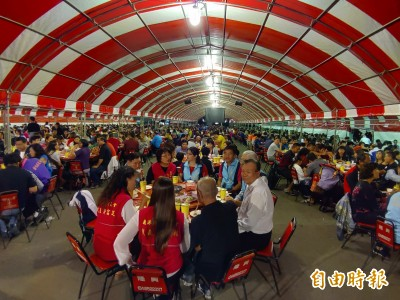 幸福小吃宴開吃!上千饕客擠爆鹿港