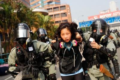 香港動盪持續 全港學校明日持續停課、幼稚園至24日