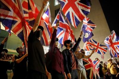 香港人反抗》英國政府關切港警暴力 中方氣炸:別管!