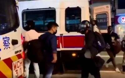 罪證確鑿!港警喬裝示威者、從警車走下來影片曝光