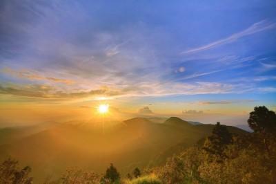 賞2020第一道曙光  太平山6處最佳觀賞點全都露