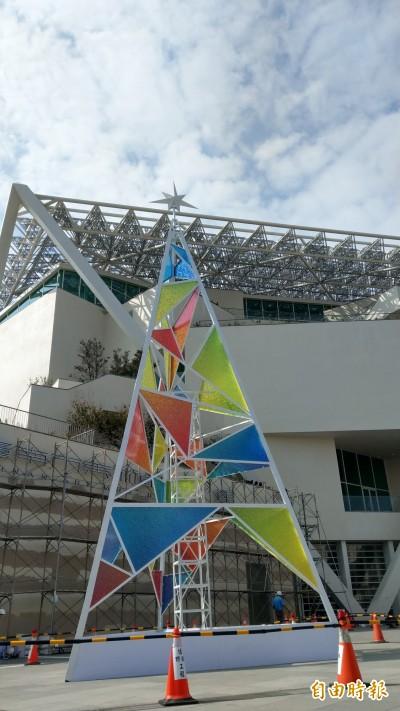 不只跨年倒數 台南耶誕燈節移師南美館2館