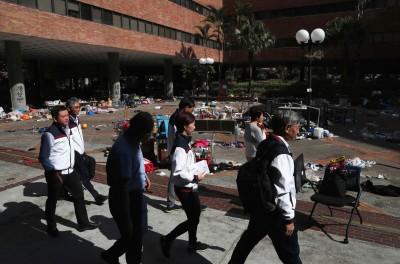 香港理大百名教職員完成搜索 促警立即解封校園