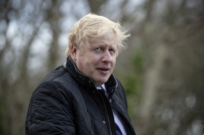 英國大選 權威民調:強森與保守黨重奪下議院多數