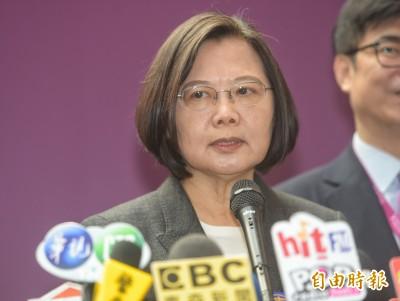 韓國瑜喊「唯一支持小英」 蔡:民調不是政治人物可以下令