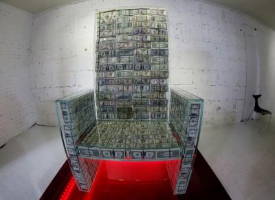 坐擁百萬美鈔富起來!俄羅斯發財寶座長這樣