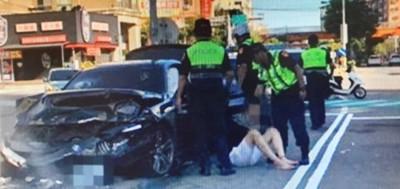 酒駕衝撞警車波及無辜路人、小客車 毒男才出獄又被逮了