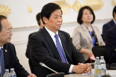 澳門座談會上要香港看齊 人大委員長:好好領會中央精神