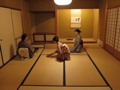 日本禁虐童新法  「正坐」也不行!
