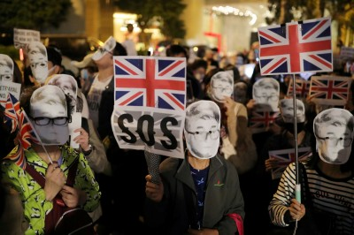 今年前10月611名港人遭中國扣押 香港議員憂不人道對待
