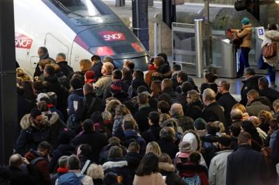 法國大罷工來了!九成鐵路癱瘓 6000警戒備