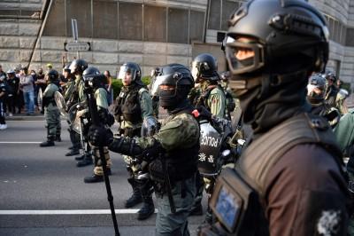 「反送中」近6個月 傳香港監警會月底前交初步報告