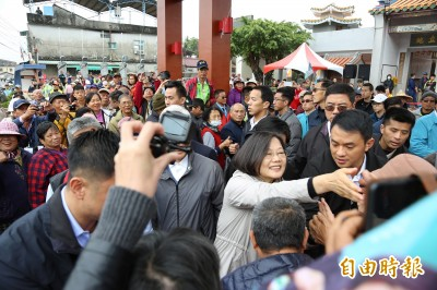 網軍之亂韓競辦稱民調升8% 蔡英文:不是不相信民調嗎?
