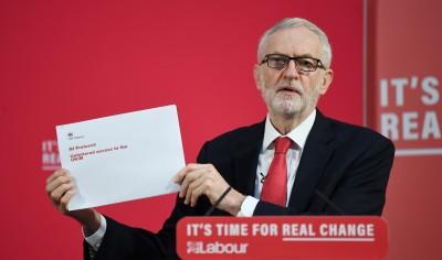 英國首相欺瞞人民? 工黨黨魁揭露政府機密文件