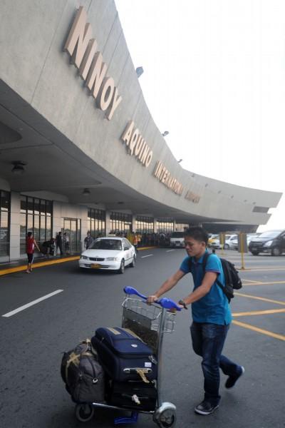 馬尼拉機場發現棄嬰 已無生命跡象