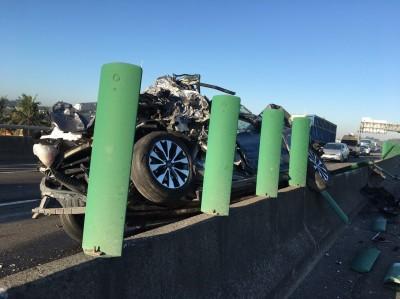台88線7車連環撞6傷 單線通車回堵車流已緩解