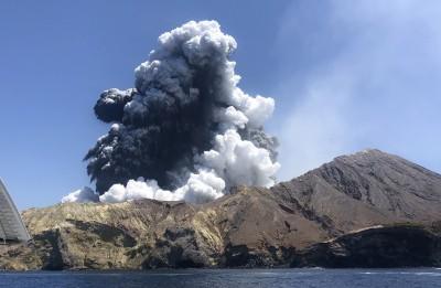 紐西蘭火山爆發2人傷重不治 死亡人數攀升至16人