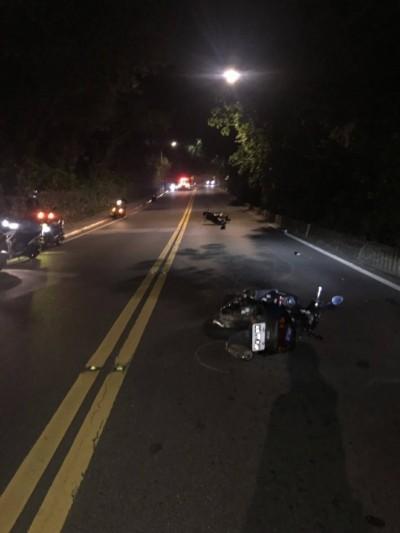 車聚夜遊陽明山 19歲車友自撞山壁亡