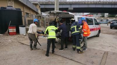 林口發電廠2工人觸電命危  貨櫃撞斷高壓電線釀禍