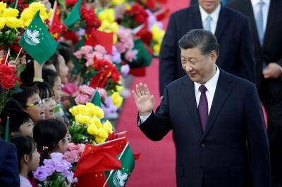 習近平御用五毛爆料中國經濟衰敗 母親養老保險遭沒收
