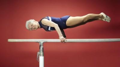 地表最強老奶奶!94歲嬤創全球最高齡現役體操選手