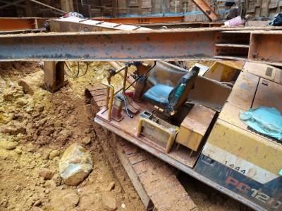 新北林口建築工地爆工安意外 工人困死挖土機與鋼樑中間