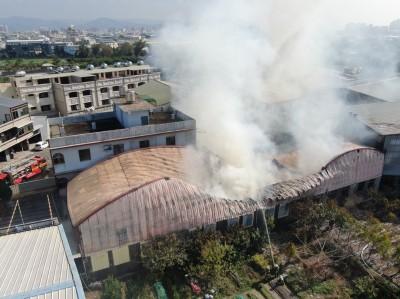 神岡木工廠竄火 1千平方公尺廠房受災