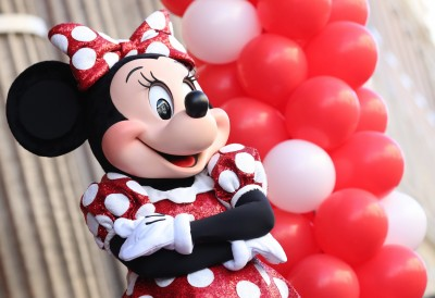 變態!迪士尼樂園米妮、唐老鴨 遭遊客摸奶猥褻