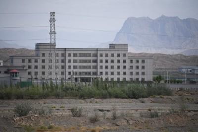 協助曝光新疆再教育營內部文件 她被威脅:不停止就碎屍萬段