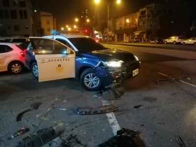 男拒檢駕車衝撞多輛警車 高雄警連開22槍沒逮到人