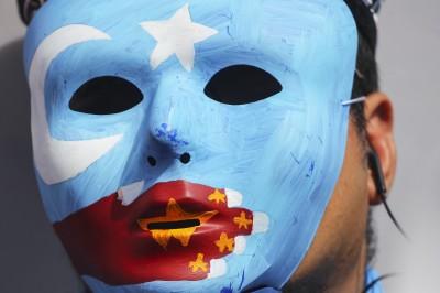 中生肯定新疆「維穩非迫害」 學者提歷史黑天鵝籲反思