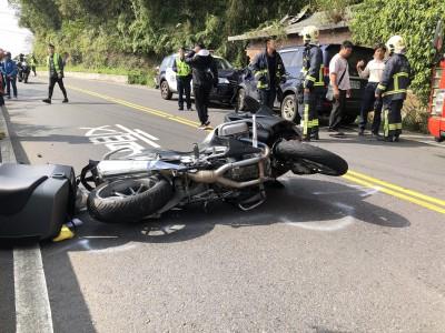 警車北宜過彎失控 撞2車3人傷