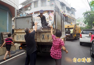 投縣收運大型垃圾 除草屯結束其餘鄉鎮市還來得及