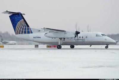 瘋了!乘客搭機打空服員 再使出「猛牛衝撞」撞飛6航警