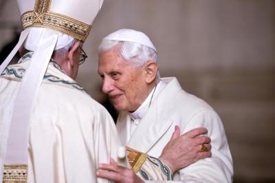 捍衛獨身戒律!前教宗打破沉默 神學家:大不韙!