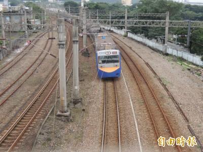 忘了停! 台鐵列車開過頭 地點就在新馬車站