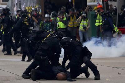 香港人反抗》助長仇視!中國考題醜化香港示威者
