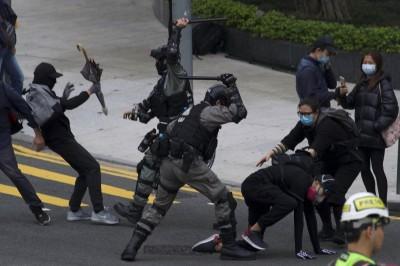 港警損毀記者拍攝器材 律師:觸犯刑事毀壞罪