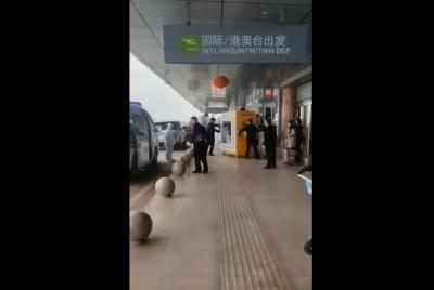 包起來!福州機場發現疑似肺炎病患 竟直接「裝箱」押走