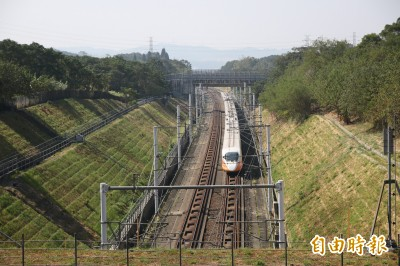 高鐵增兩班次疏運北返人潮 苗栗發車時刻看這邊