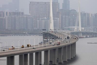 武漢肺炎》明起車輛管制 中國深圳無緩衝急封城