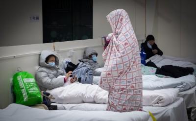 武漢方艙醫院內部慘況曝光!女病患疾呼:救救我啊